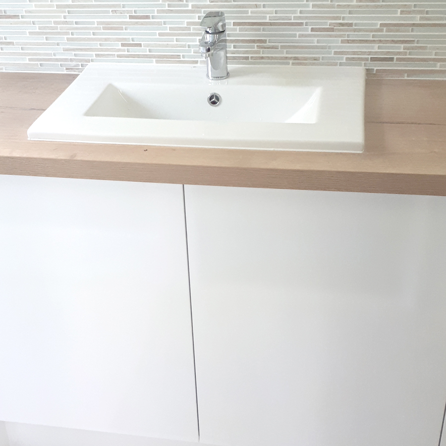Custom Vanity with Tiled Mosaic Splashback
