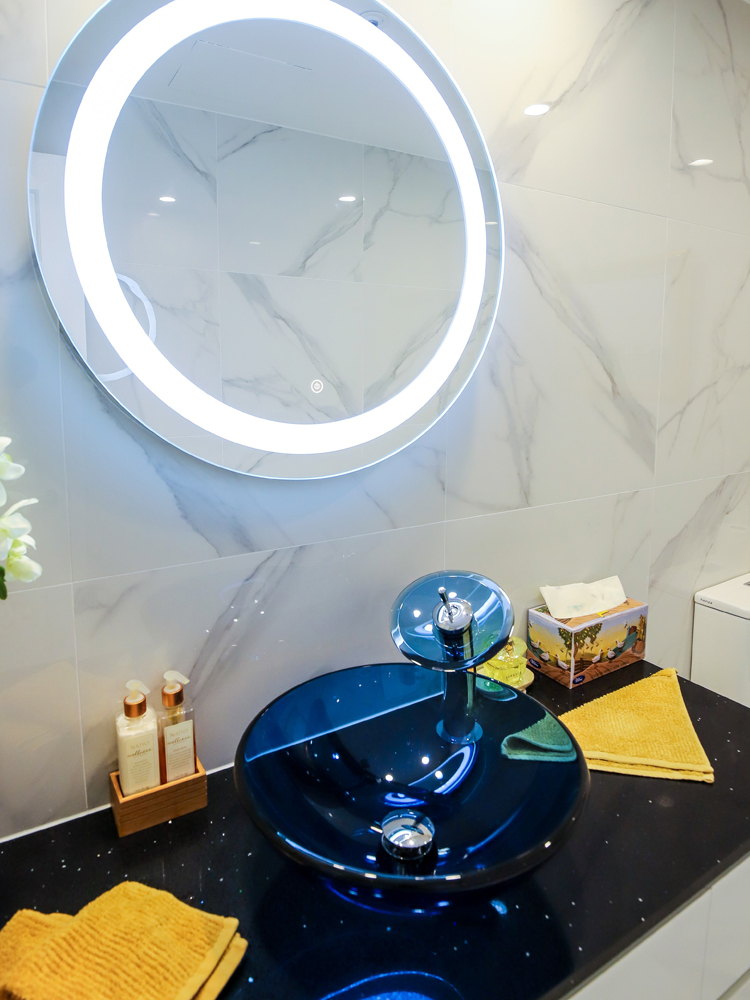 Circular LED Mirror
