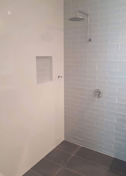 Open Shower with Tiled Niche