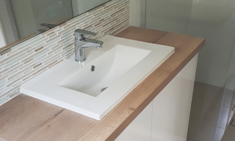 Single Inset Basin Timber-Look Laminate
