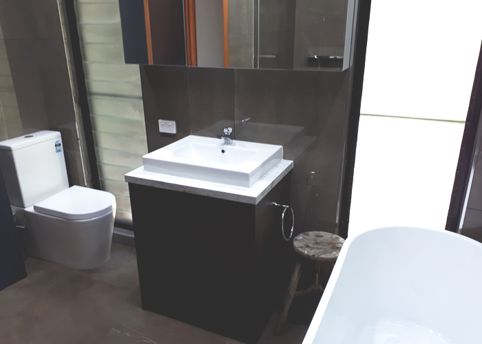 Cube Vanity & Cistern